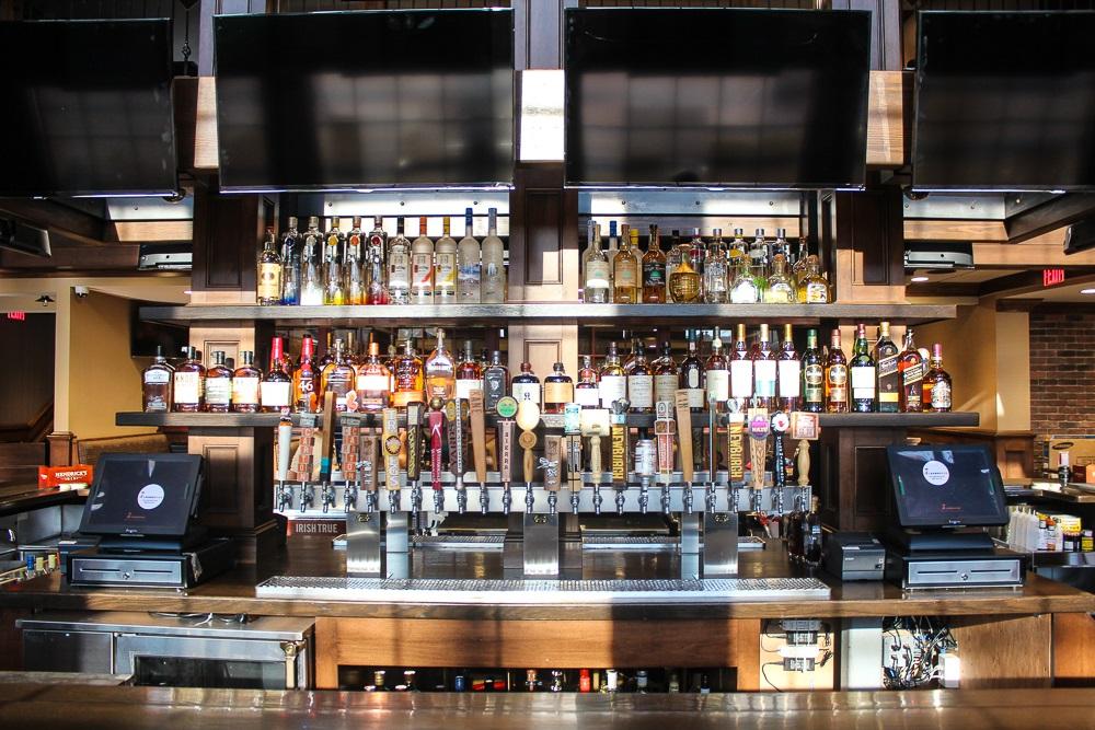 Midland Brew House Saddle Brook Bar