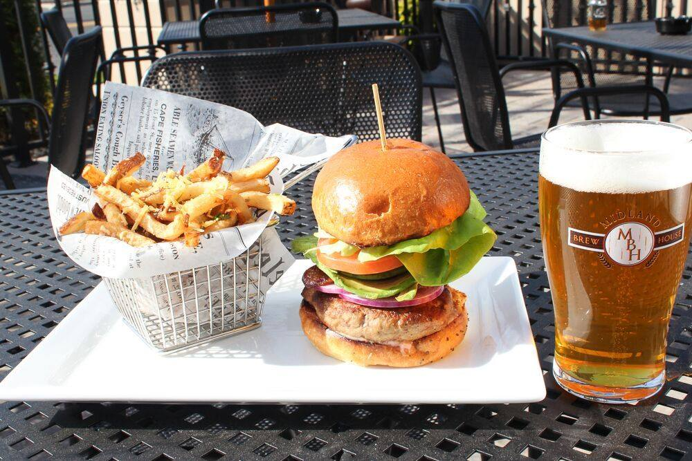 Midland Brew House Saddle Brook Burger and Beer